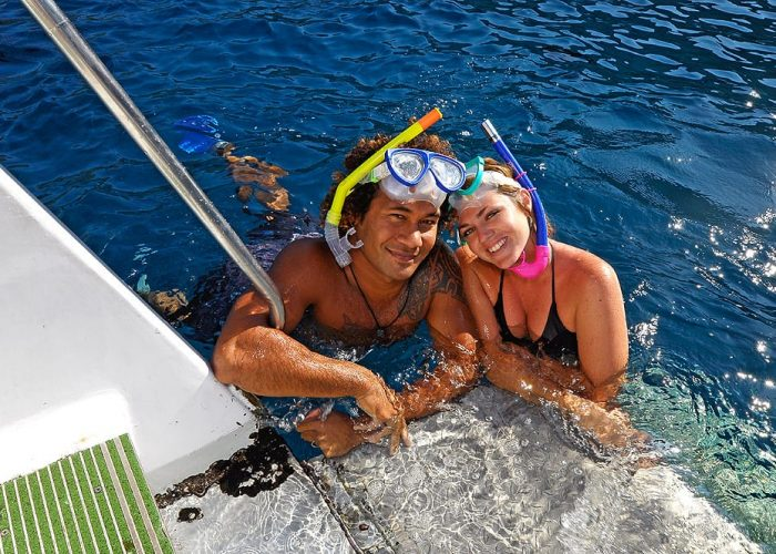 Snorkel_Couple_03